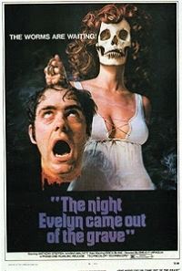 The Night Evelyn Came Out of the Grave (1971)